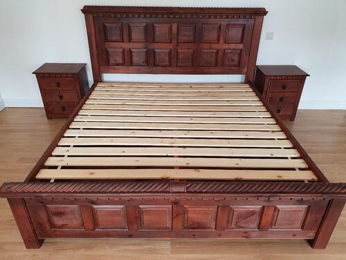 Solid Wood Slats on Wooden Bed