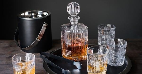 BOND-Whiskey-Decanter
