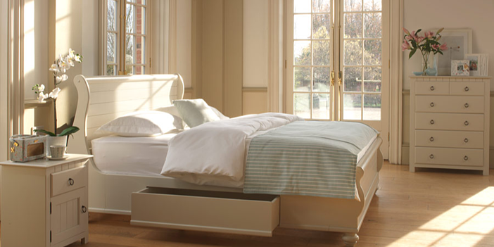 Connecticut Painted Sleigh Bed by Revival Beds
