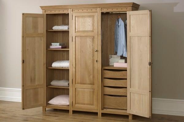 Solid Oak 3 Door Wardrobe