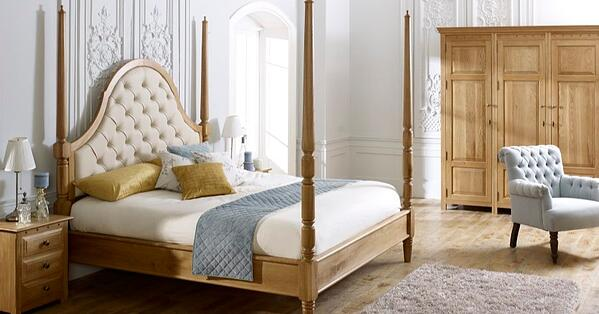 The-Quebec-Pencil-Bed solid wood