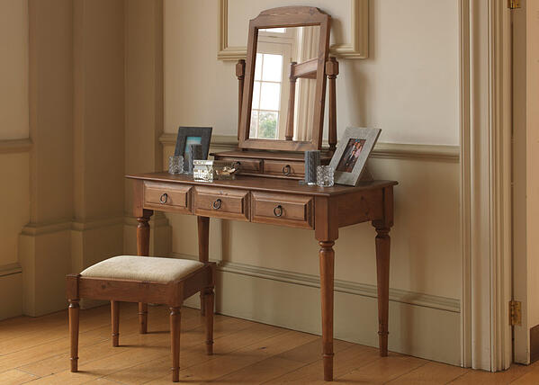 Brittany-Dressing-Table-1