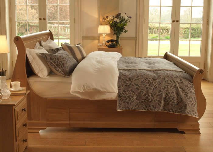 quality-wooden-beds