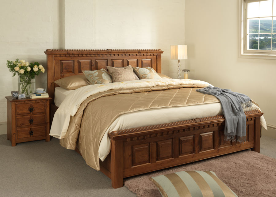 Irish Style Traditional Wooden Bed
