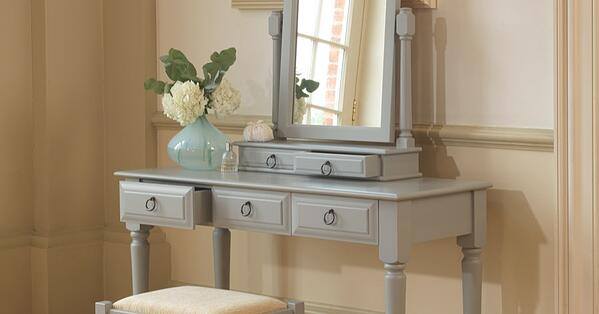 Painted-Dressing-Table