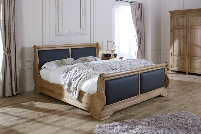Oak Sleigh Bed with Real Scottish Leather