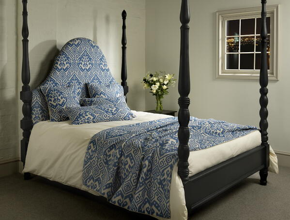New Bed A_0559