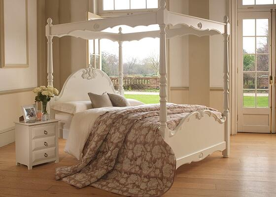 traditional luxury four poster bed in white