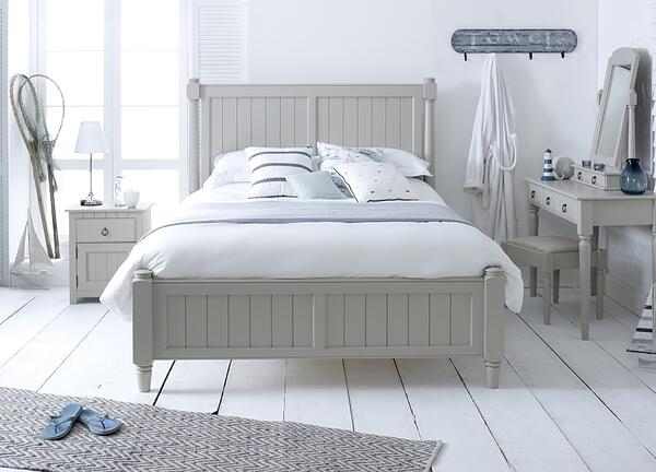 Painted-New-England-Shaker-Bed-1