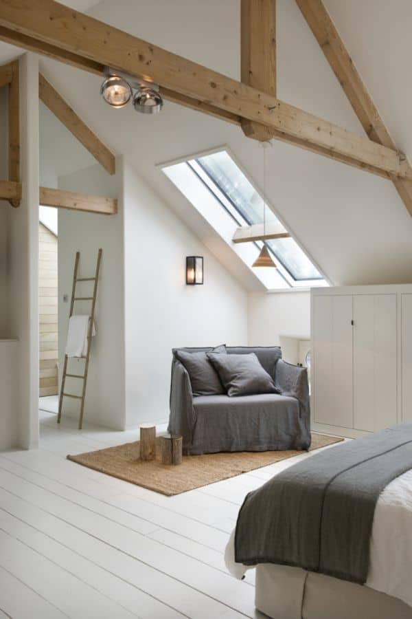 wooden beams in bedroom
